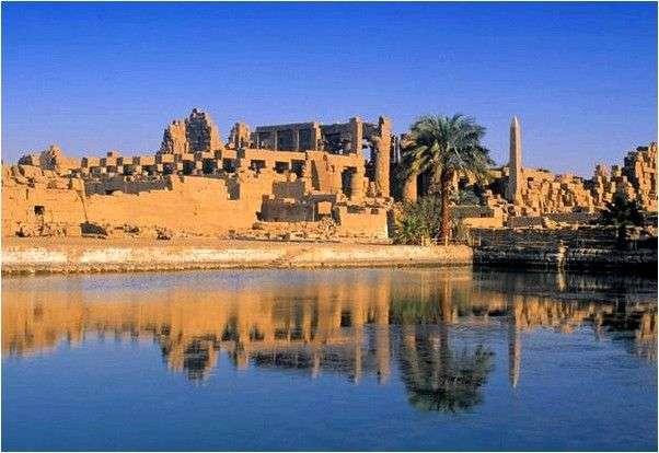 Египет Луксор Карнакский храм
