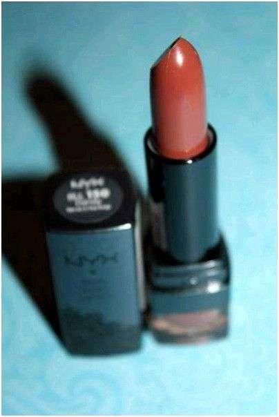 Губная помада Nyx Black Label Lipstick