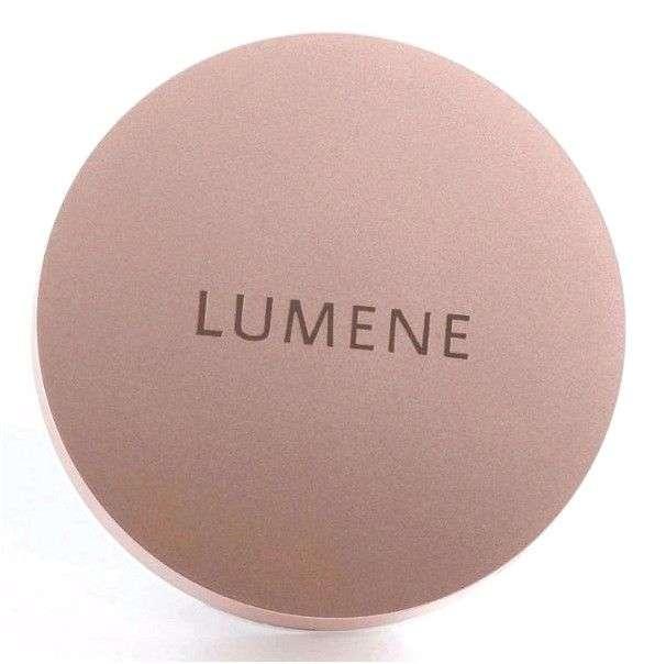Крем-пудра Lumene Touch Of Radiance Matt Powder Foundation с эффектом матового сияния